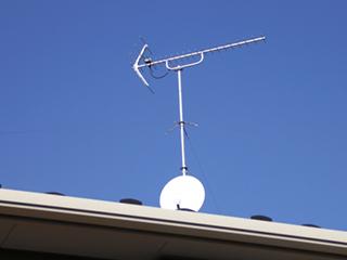 TVアンテナ(VHF / UHF / BS / CS)