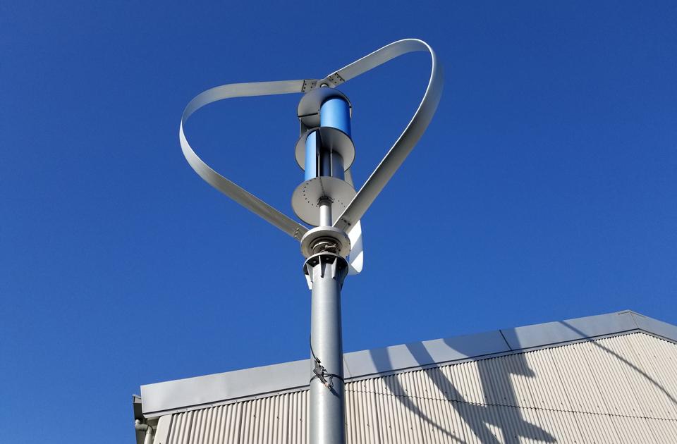 二軸式垂直軸風力タービン風力発電システム